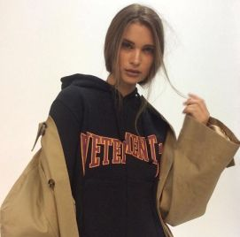 a76bb0c0ff1bc0fbb3de7b089af5acf5--vetements-street-style-soft-ghetto